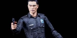 NECA Terminator Genisys: T-1000 Police Disguise