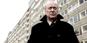 Michael Caine ve filmové adaptaci komiksu The Secret Service